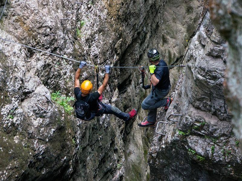 Klettersteig Für Anfänger : Klettersteig kurs in der rhön für anfänger guiders