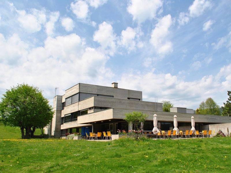 seminar und g 228 stehaus centre de sornetan sornetan schweiz